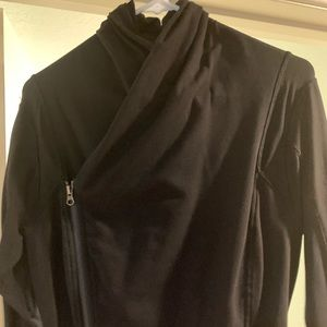 Black size 10 lululemon jacket